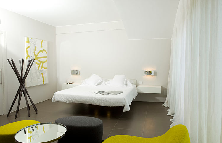Zimmer design zeitgen ssischer stil abanoritz spa hotel for Zoom room design